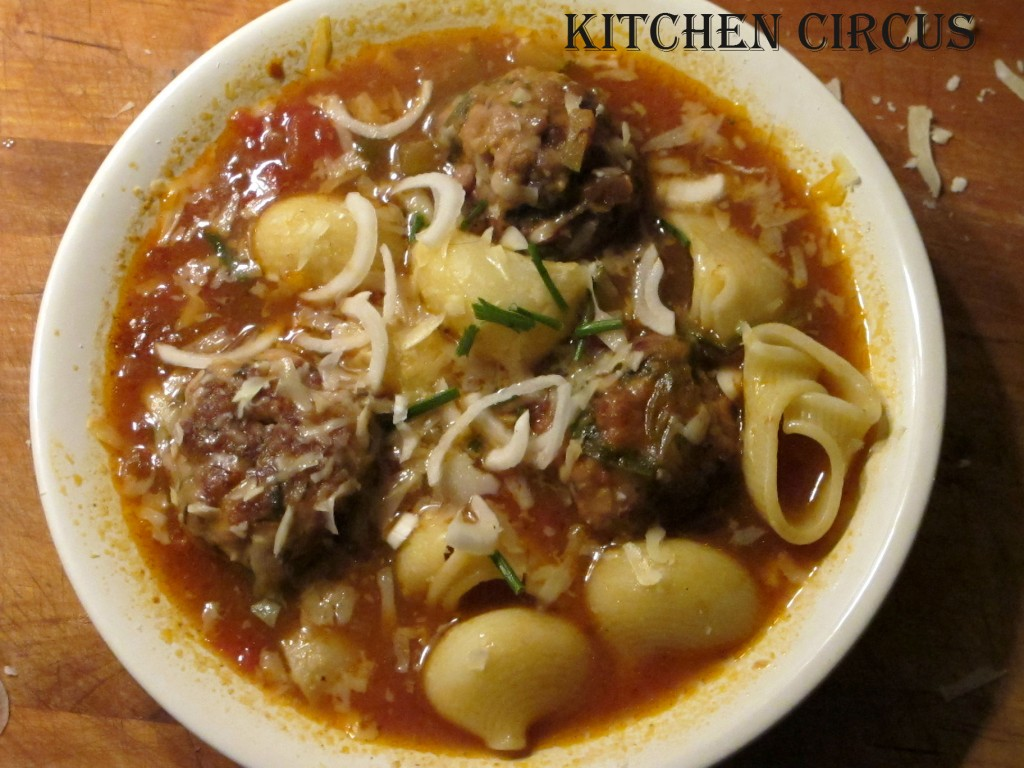 Kitchen: Soupe italienne au boulettes! img_4121